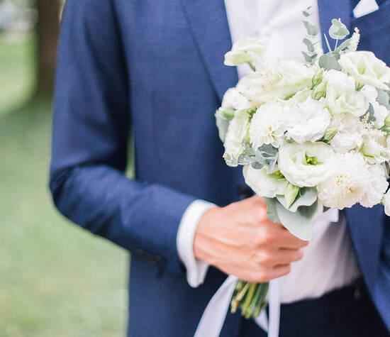 Industrial Wedding Brautstrauß © Foto: Lilly Karsten Photography