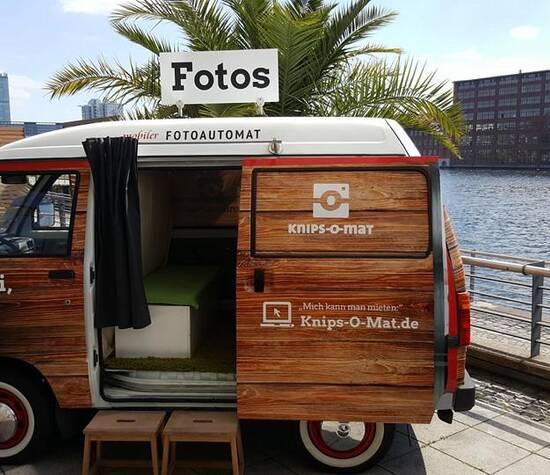 Fotobus auf der Terrasse