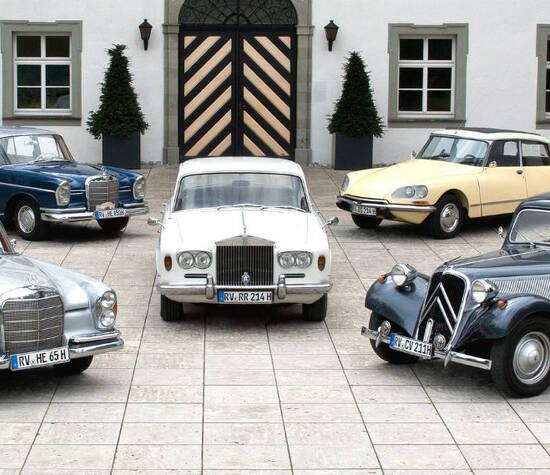 Beispiel: Fuhrpark, Foto: Oldtimervermietung Werner Neu.