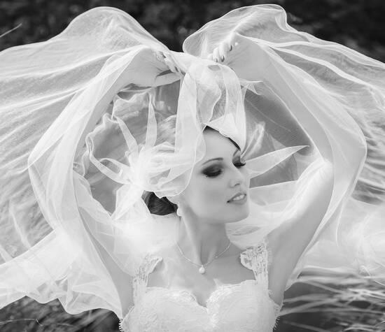 Hochzeitsfotograf in München: Andrej Nikolajew. https://www.whiteandlight.com