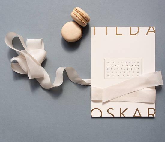 Design Tilda in zartem blush mit Goldprägung