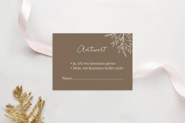 Antwortkarten zur Hochzeit Aufnahme mit stilisiertem Kranz Antwortkarten
