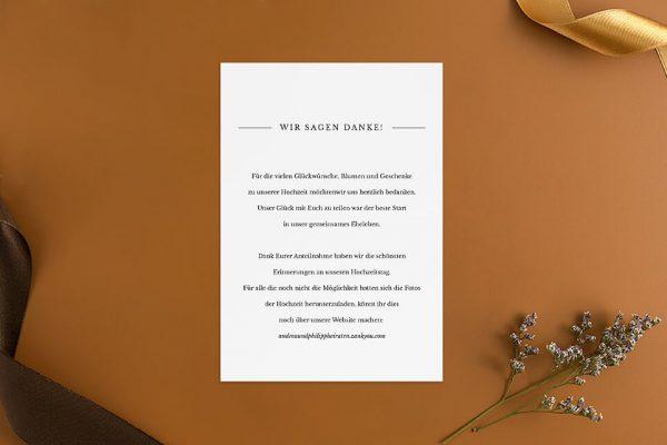 Dankeskarten zur Hochzeit Modern Monogramm mittig Dankeskarten
