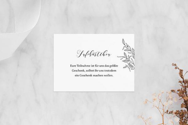 Extras Rosenpracht mit Blättern Hochzeitsinfokärtchen