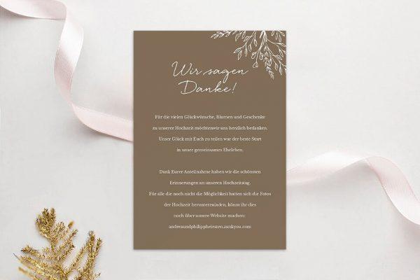 Dankeskarten zur Hochzeit Aufnahme mit stilisiertem Kranz Dankeskarten