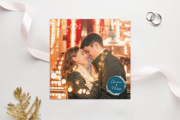 Einladungskarten mit Fotos Hochzeitseinladungen Aufnahme mit einfachem Kranz