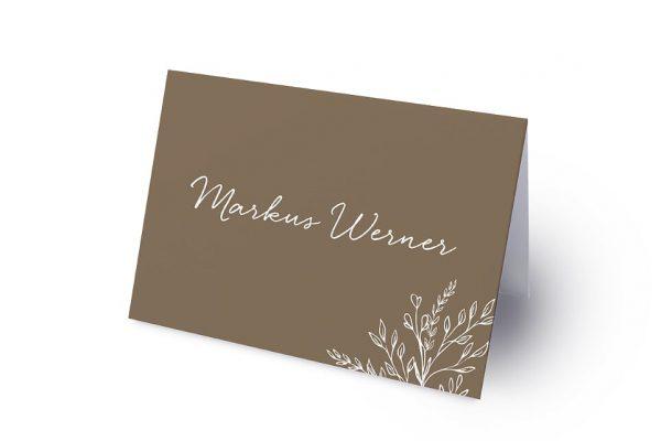 Extras Aufnahme mit stilisiertem Kranz Namenschilder & Tischkarten Hochzeit