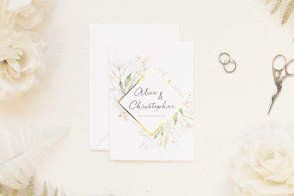 Hochzeitseinladungen Hochzeitseinladungen Blumenkranz Sanftes Grün